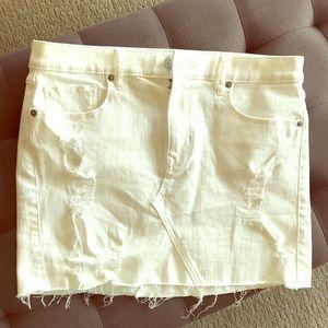 Express white skirt NWT 💕